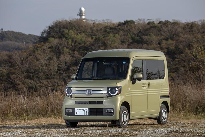 買う前は長距離移動が多いので「軽貨物車で大丈夫か?」という不安はあったが、N-VANはまったく問題なし。ただ、自分のN-VANはターボモデルなので、今後は自然吸気車を借りて長距離ドライブを試してみたい