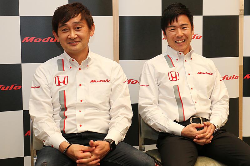 Modulo Drago CORSEからはドライバー兼チーム代表の道上龍選手(左)と大津弘樹選手(右)の2人が参加