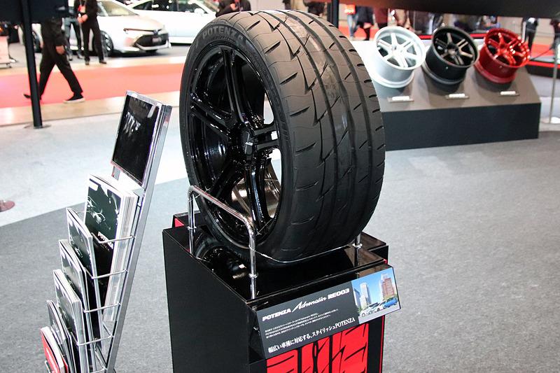 セダンやミニバンなど幅広い車種に対応する「POTENZA Adrenalin RE003」