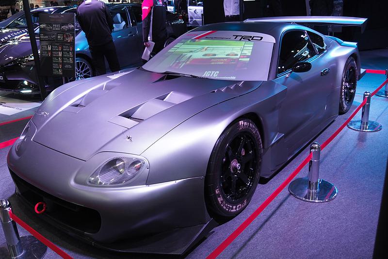 そのほか、ブースではA80型スープラがベースのコンセプトカー「TRD SUPRA」も展示