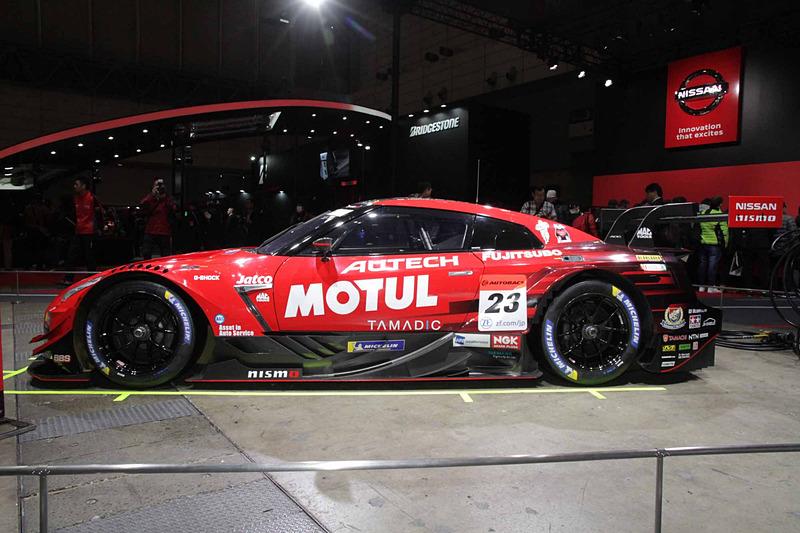 松田次生/ロニー・クインタレッリ組をドライバーに迎え、SUPER GTのGT500クラスで活躍した「2018 MOTUL AUTECH GT-R」