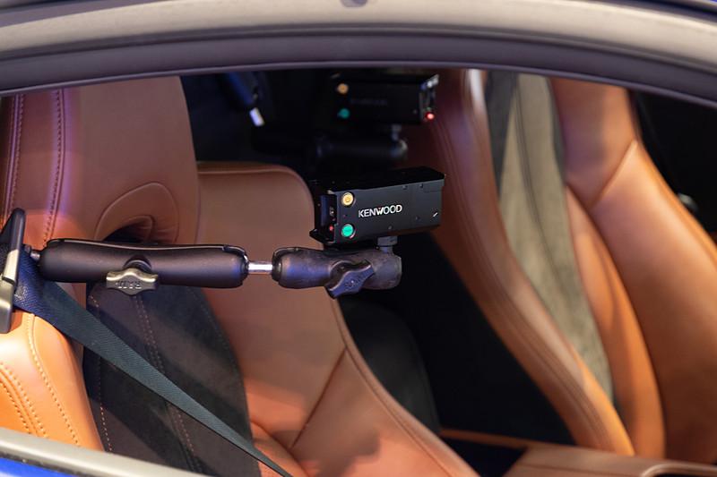 NSXの車室内には複数の車載カメラが搭載されていた