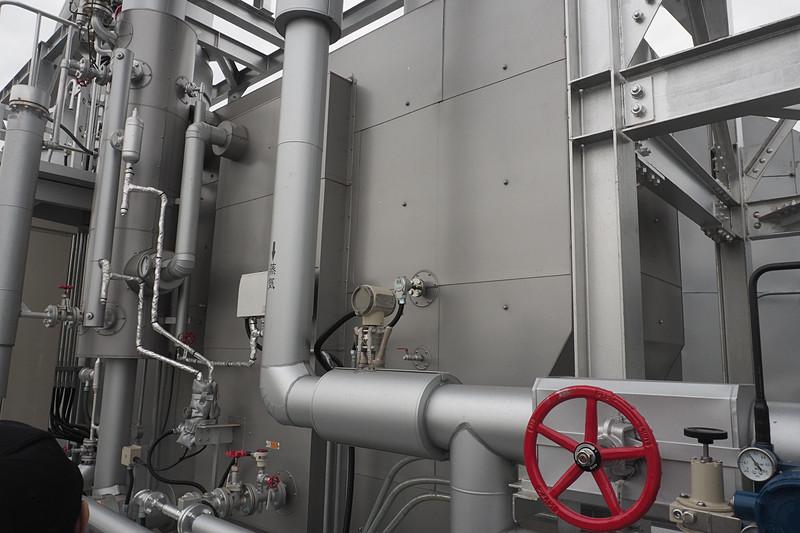 ガスエンジンの排出ガス部分から蒸気も取り出している
