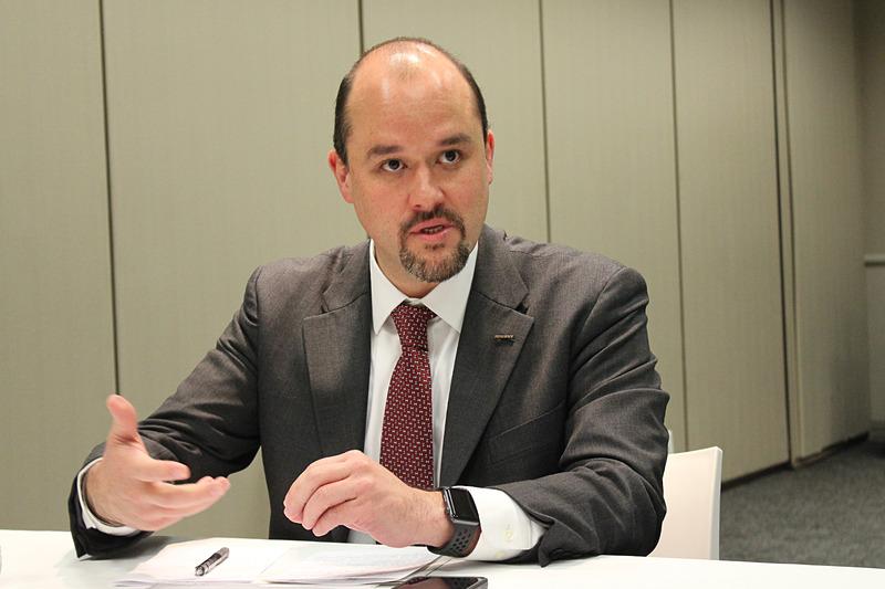 日産自動車株式会社の常務執行役員 イワン・エスピノーザ氏はグローバル商品戦略や商品企画など、日産ブランド全体を統括する人物