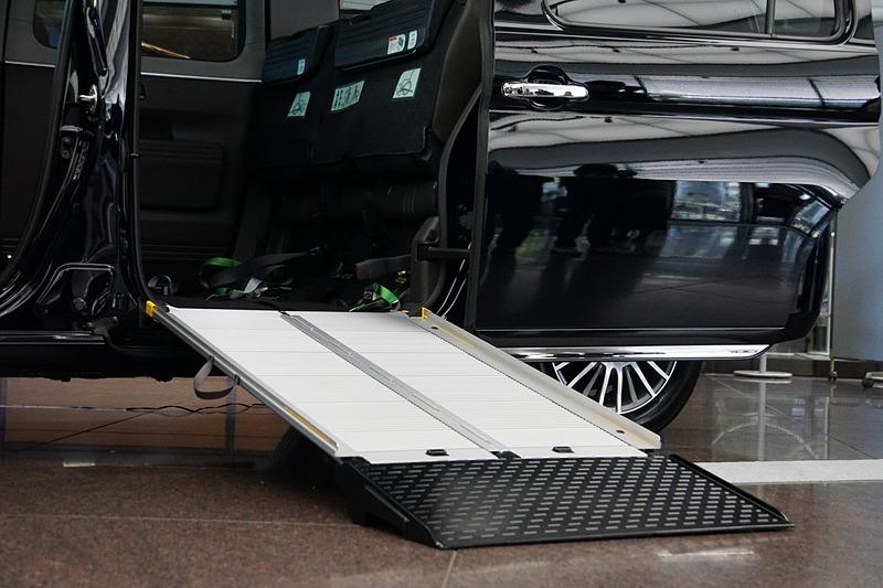 3月発売予定の一部改良車両。スロープの改良でドライバーの作業を簡略化した