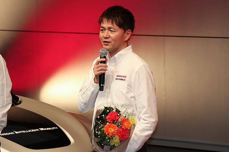 SUPER GTドライバーを引退し、日産チームのエグゼクティブアドバイザーに就任した本山哲選手