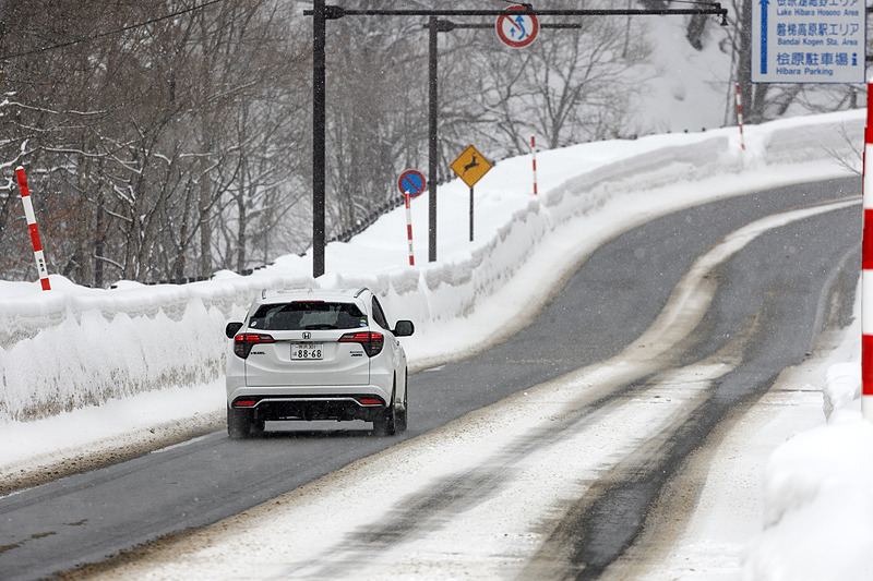 国道は除雪されているのでウエット路面の走行が体験できた