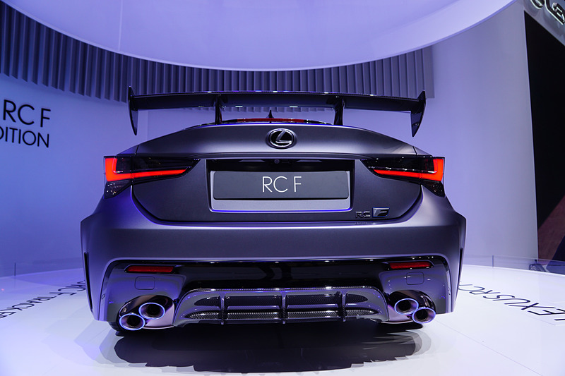 新型RC F