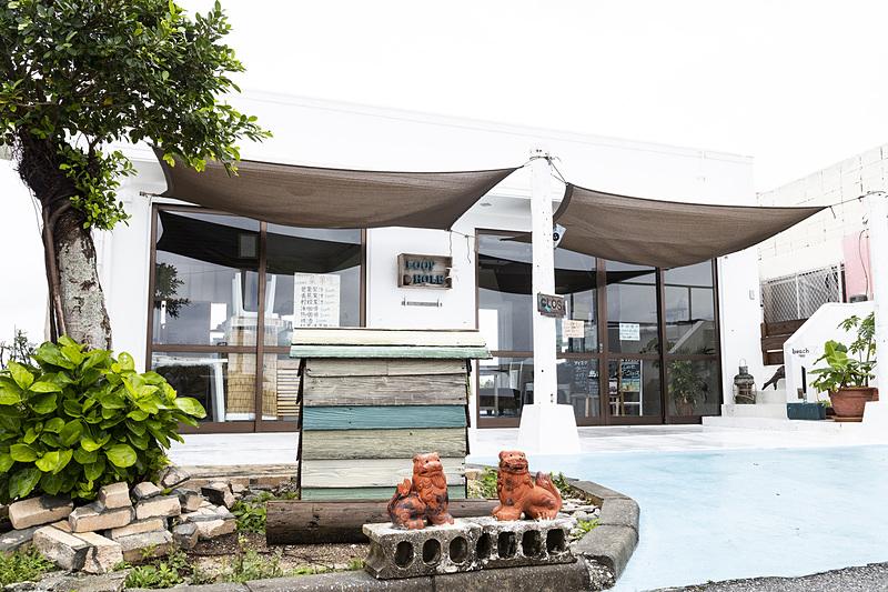 池間島にあるカフェ「LOOPHOLE」。こちらは最南端の対応スポット