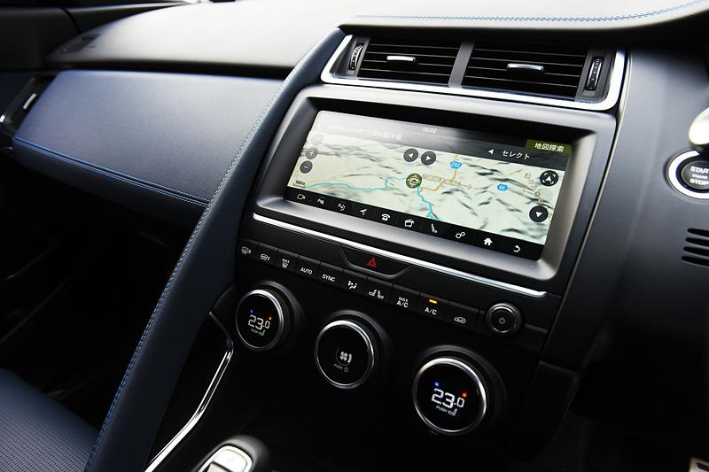2018年12月に受注を開始した2019年モデルではAI学習機能を備え、ドライバーの好みに応じて温度設定やインフォテインメント、シート位置などを自動調整する「スマート・セッティング」、スマートフォンのアプリを車両のタッチスクリーンから操作できる「InControlアプリ」などを標準装備