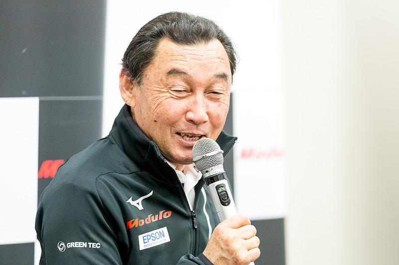 GT500クラス 64号車「Modulo Epson NSX-GT」を走らせるModulo Nakajima Racingの中嶋悟総監督