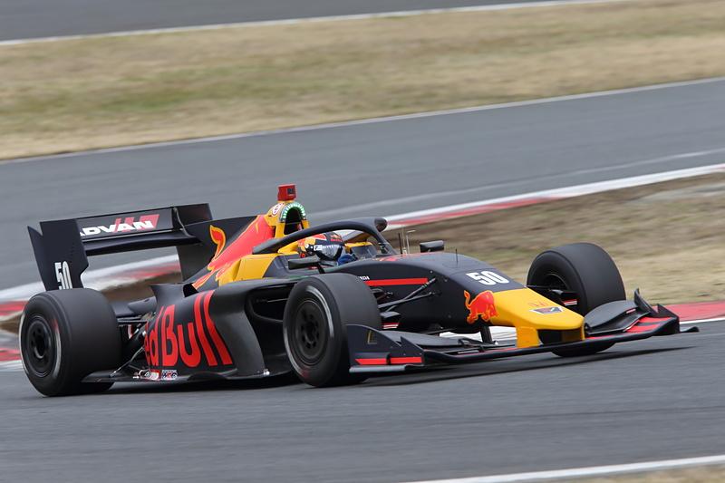 Car No.50 ルーカス・アウアー(オーストリア)(B-Max Racing with motopark / HONDA)