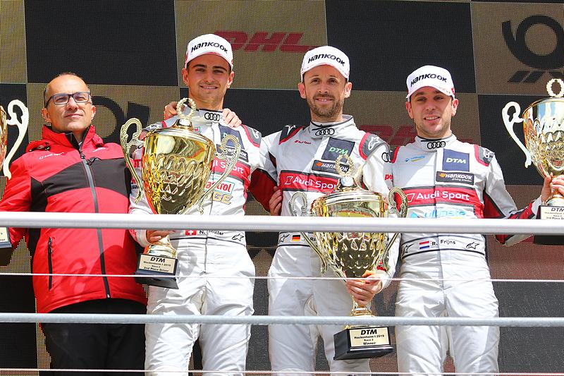 優勝のレネ・ラスト(中央)、2位のニコ・ミューラー(左)、3位のロビン・フリジン(右)