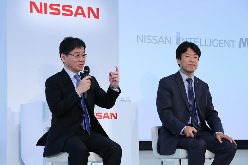 飯島部長(左)と中畔副社長(右)による質疑応答も行なわれた