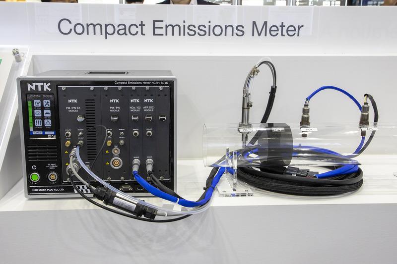 コンパクトマルチガス計測器の「NCEM-8016」