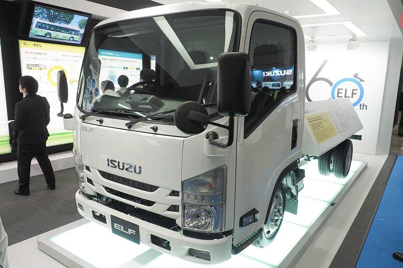 小型トラックの「エルフ」
