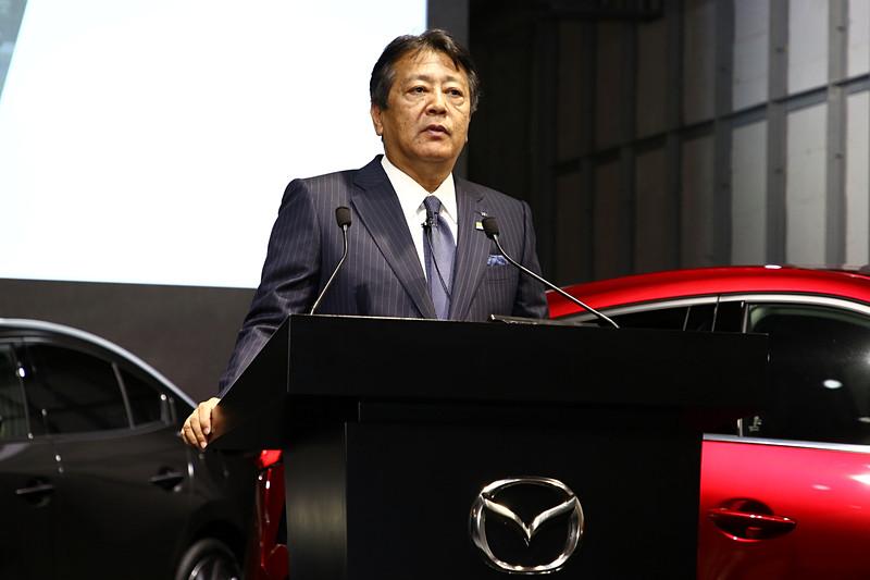 発表会の冒頭でスピーチを行なった丸本明代表取締役社長兼CEO