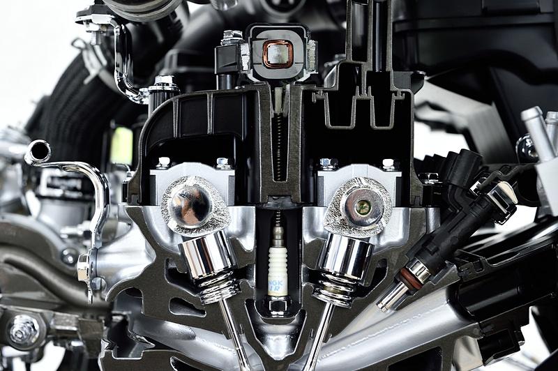 エンジンの細部