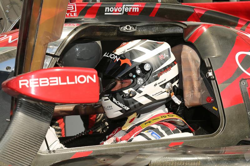 アンドレ・ロッテラー選手がドライブする1号車 レベリオン R13