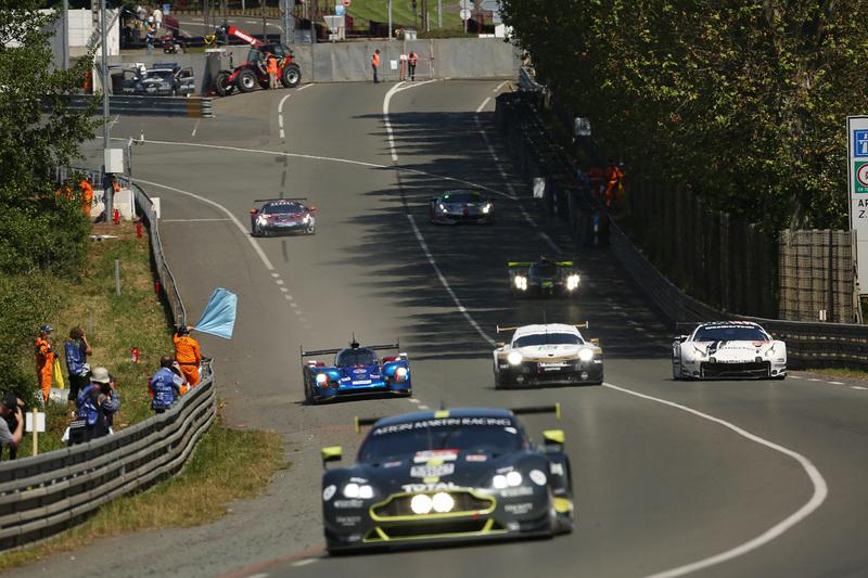 レベリオン・レーシング1号車に次ぐ総合4番手のタイムをマークしたSMP Racingの11号車 BR Engineering BR1-AER
