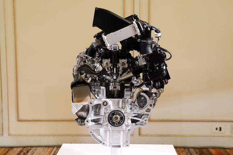 ターボエンジンのカットモデル