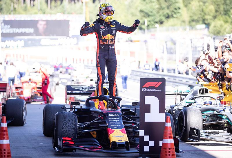 第9戦オーストリアGPで優勝した、アストンマーティン・レッドブル・レーシングのマックス・フェルスタッペン選手