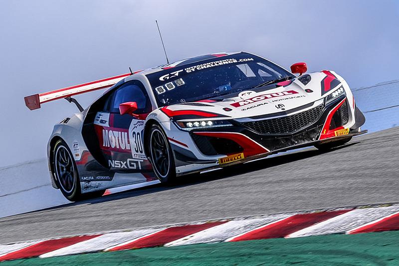 ホンダがバックアップしてIGTCシリーズ参戦中の30号車 Honda NSX GT3 Evo