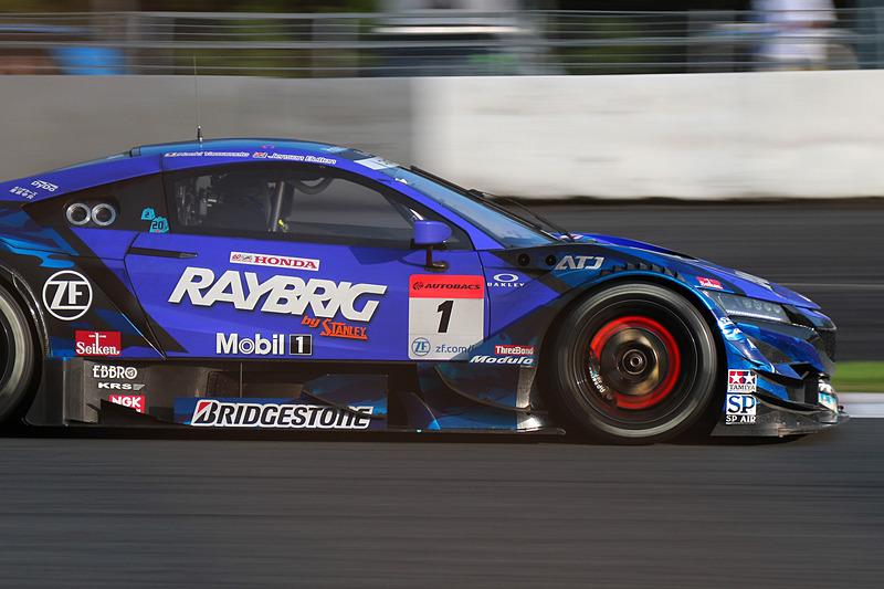 1号車 RAYBRIG NSX-GT