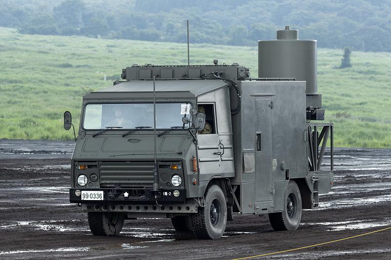 電子戦に対応した車両も登場。こちらは電子戦装置4型