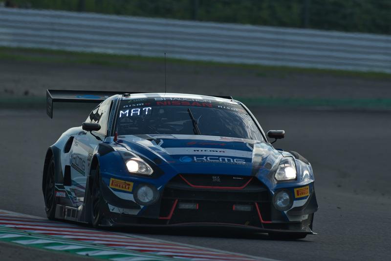 6位の35号車 NISSAN GT-R NISMO GT3(KCMG、千代勝正/ジョシュア・バードン/松田次生組)