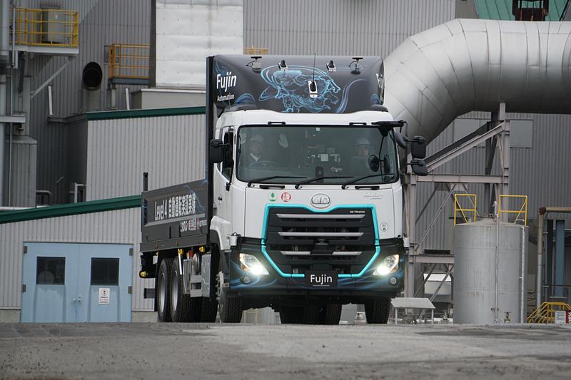 UDトラックス、日本通運、ホクレンが北海道で大型トラックのレベル4自動運転の実証実験を実施