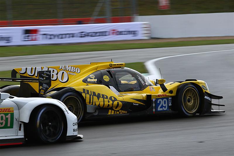 総合7位でレースを終えたRacing Team Nederlandのオレカ 07-Gibson 29号車