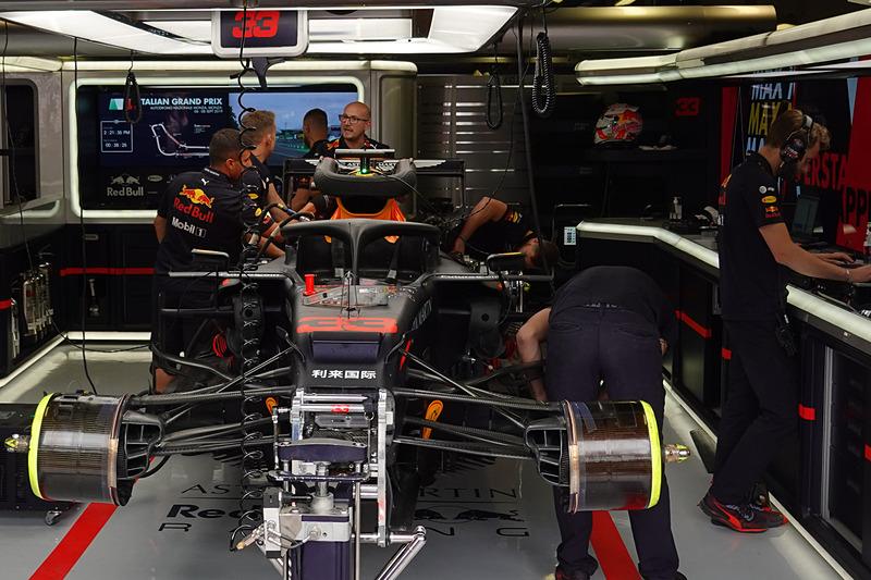 ホンダのスペック4エンジンを投入したマックス・フェルスタッペン選手の33号車