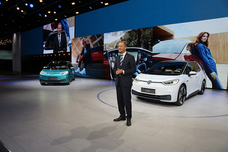 新型EV「ID.3」が世界初公開された