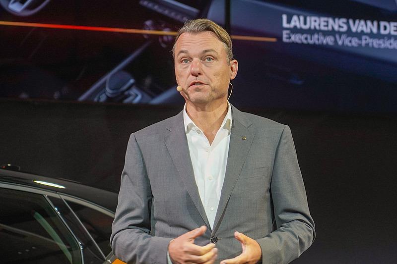 ルノー コーポレートデザイン担当 上級副社長 ローレンス・ヴァン・デン・アッケル氏