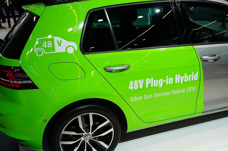 48Vのハイブリッドシステムを搭載したPHEV