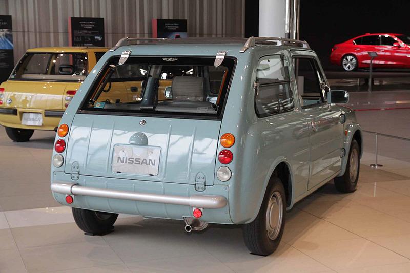 PAO キャンバストップ(1989年:PK10型)。車両寸法:3740×1570×1480mm(全長×全幅×全高)、ホイールベース:2300mm。車両重量:760kg。サスペンション:ストラット・4リンク(前・後)。ブレーキ:ディスク・ドラム(前・後)。タイヤ:155SR12。エンジン型式:MA10S型(直4 OHC)。排気量:987cc。最高出力:38kW(52PS)/6000rpm、最大トルク:75Nm(7.6kgfm)/3600rpm