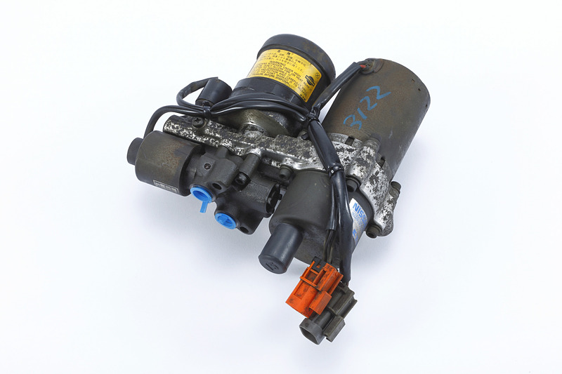 スカイライン GT-R(BNR32)用 E-TS油圧ユニット