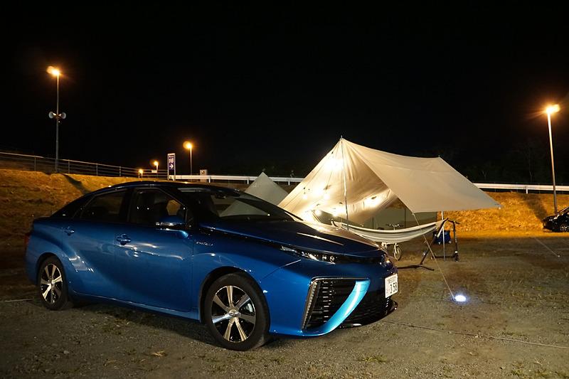 FCV(燃料電池自動車)「MIRAI」の電気を使ってキャンプする「電気のあるキャンプ体験」