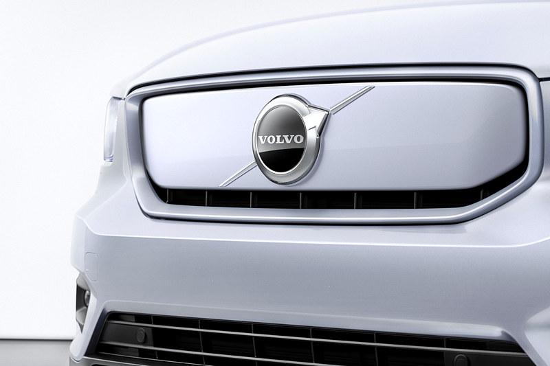 新型EV「XC40 リチャージ」