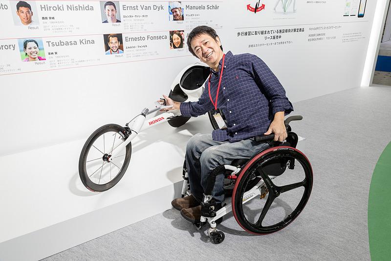ホンダが2020年の東京オリンピック・パラリンピック用に新開発した車いすレーサー「翔」。めっちゃカッコイイ!