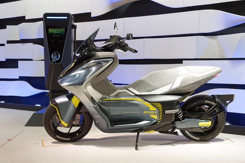 125cc相当の電動スクーター「E01」