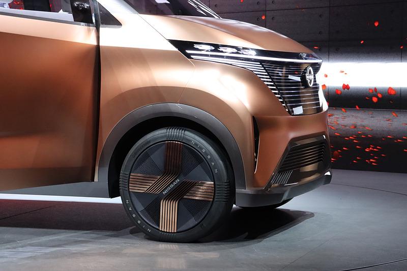 IMkのボディサイズは3434×1512×1644mm(全長×全幅×全高)と、日本の軽自動車枠に収まるサイズ