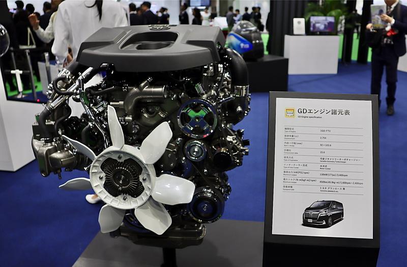 発表されたばかりの「グランエース」に搭載される「1GD-FTV」型エンジン