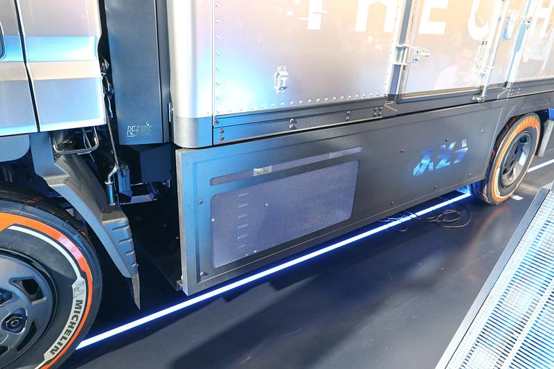 すでに電動小型トラック「eCANTER」があるので、燃料電池化するのは比較的容易だという