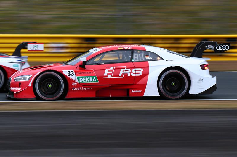 DTMチャンピオンのレネ・ラスト選手(33号車 Audi Sports RS 5 DTM)は14位