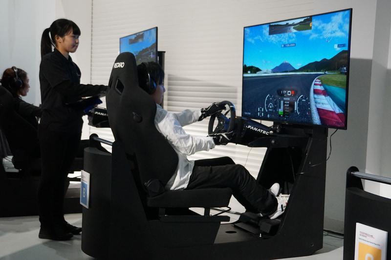 予選は、EV(電気自動車)タイカンを使用して富士スピードウェイでタイムアタックが行なわれた