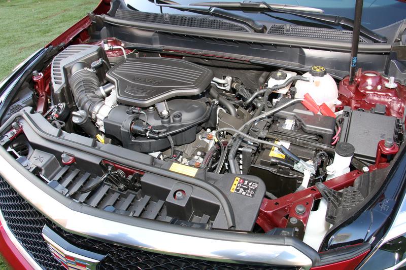 V型6気筒DOHC 3.6リッターエンジンは最高出力231kW(314PS)/6700rpm、最大トルク368Nm(37.5kgfm)/5000rpmを発生