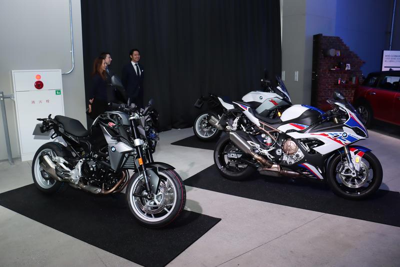 BMW Motorradでは3台を展示