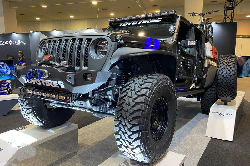 「Jeep GLADIATOR Rubicon」の展示